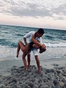 fotos de novios en la playa tumblr